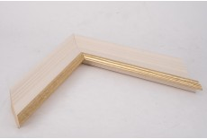 Medium Traditional Shaped Vellum Moulding with Gold Lip
