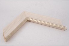 Medium Traditional Shaped Vellum Moulding with Silver Lip