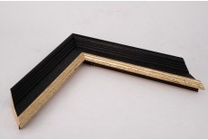 Medium Traditional Shaped Open Grain Black Moulding with Wash and Gold Lip
