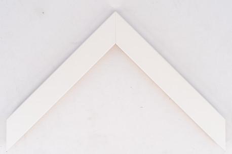 Flat 30mm x 15mm White Closed Grain Moulding